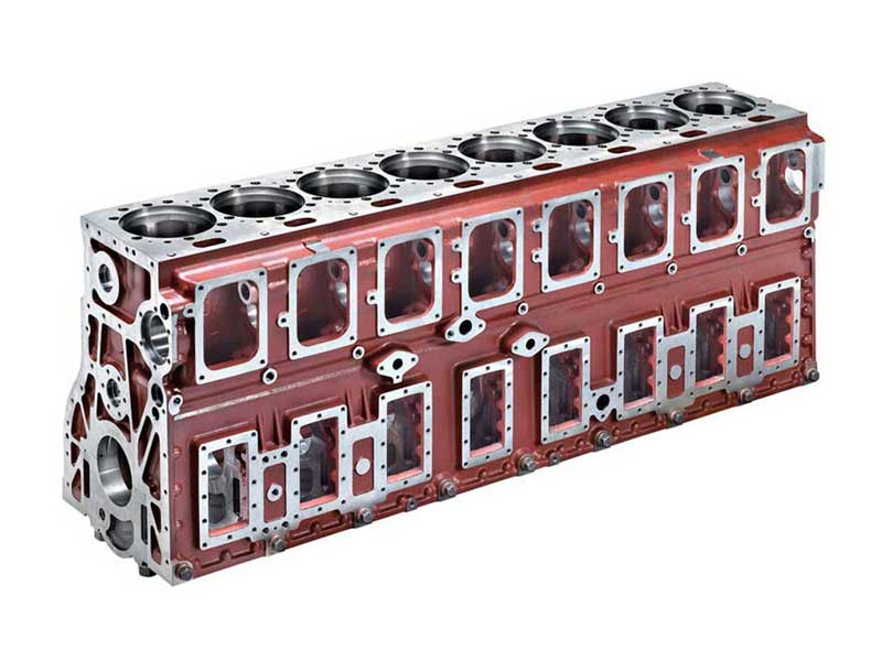 Engine block L8